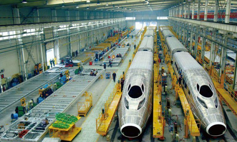 中国の高速鉄道、人口50万人の都...