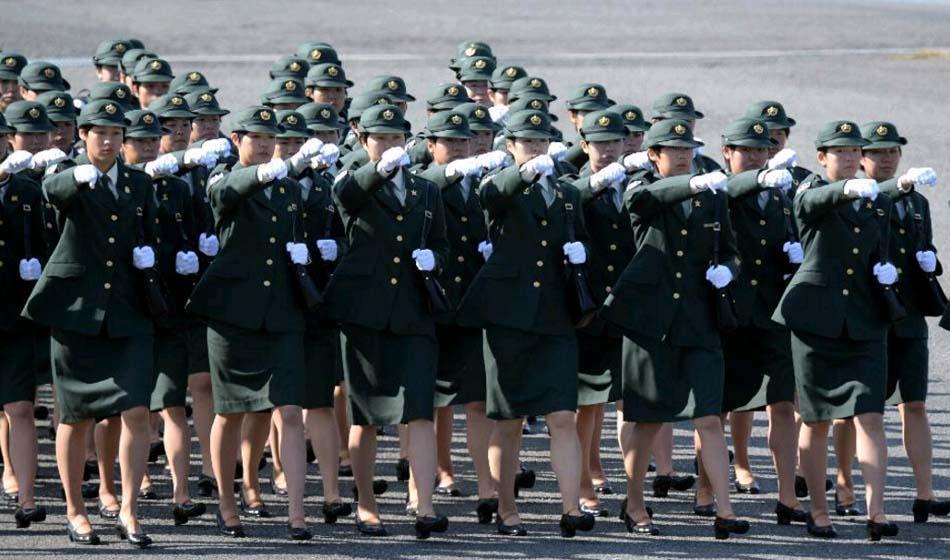 陸上自衛隊東部方面隊が観閲式 ...
