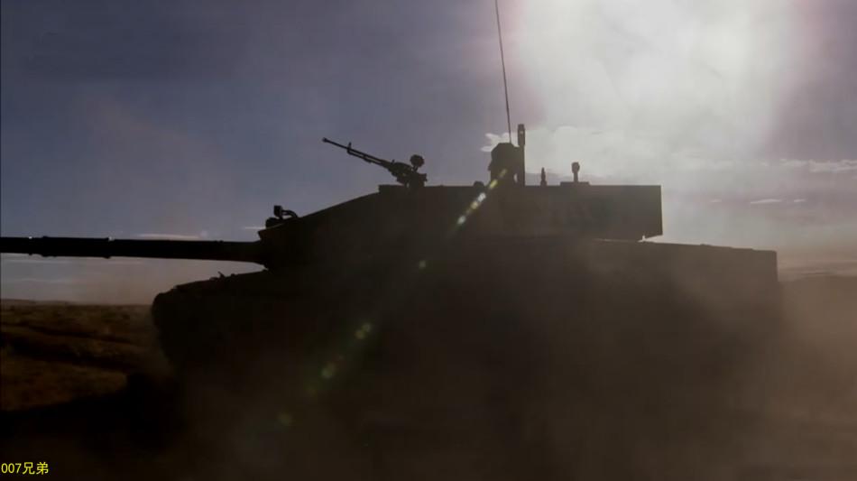99A式戦車、どの角度からみても格好いい