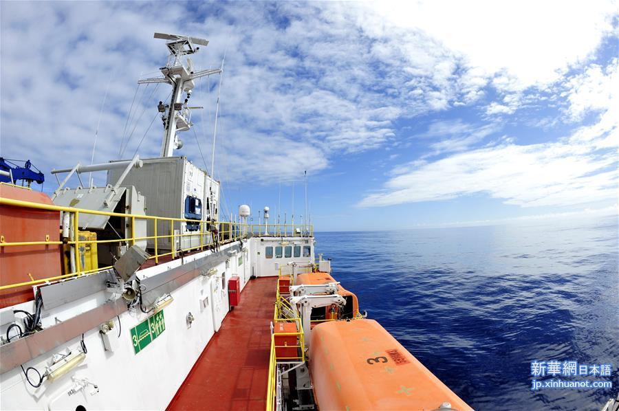 「レゾリューション」号、南西インド洋中央海嶺での掘削を終了しモーリシャスへ赴き