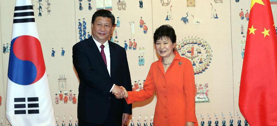 中国の習近平主席が韓国の朴槿恵大統領と会談 中国の習近平主席が韓国の朴槿恵大統領と会談 0100