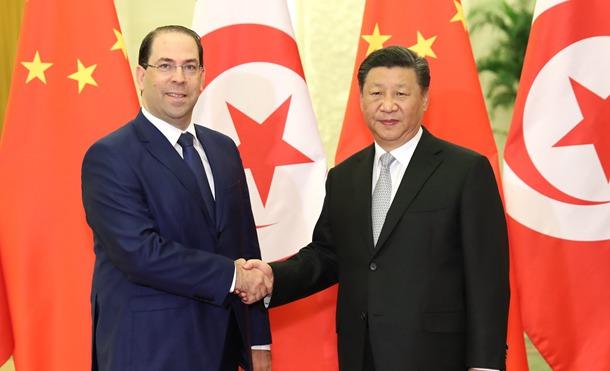 習近平主席、チュニジアのシャヘド首相と会見