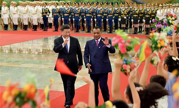 習近平主席、コンゴ共和国のサスヌゲソ大統領と会談