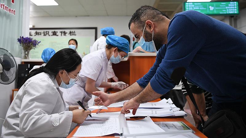 広東省で香港・マカオ・外国籍住民へのワクチン接種開始
